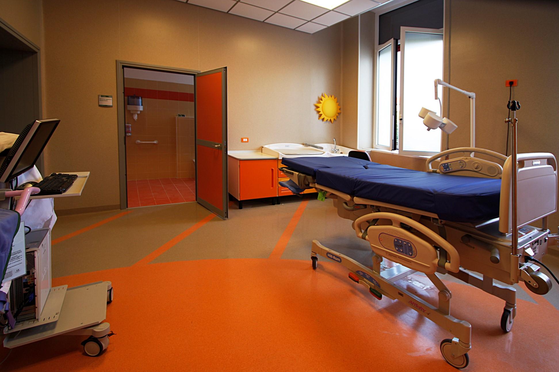 Sala Parto Ospedale Papa Giovanni Xxiii Bergamo : Tragedie in ospedale a sassuolo due neonati morti cronaca